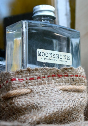 Moonshine A Gentleman's Cologne Moonshine for men