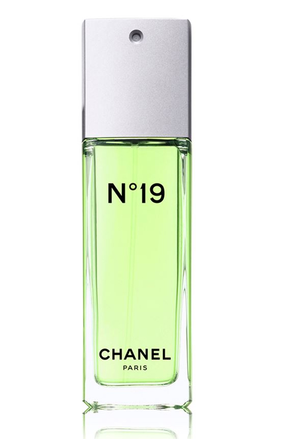 chanel n 19 chanel perfume a fragrance for women 1970. Black Bedroom Furniture Sets. Home Design Ideas