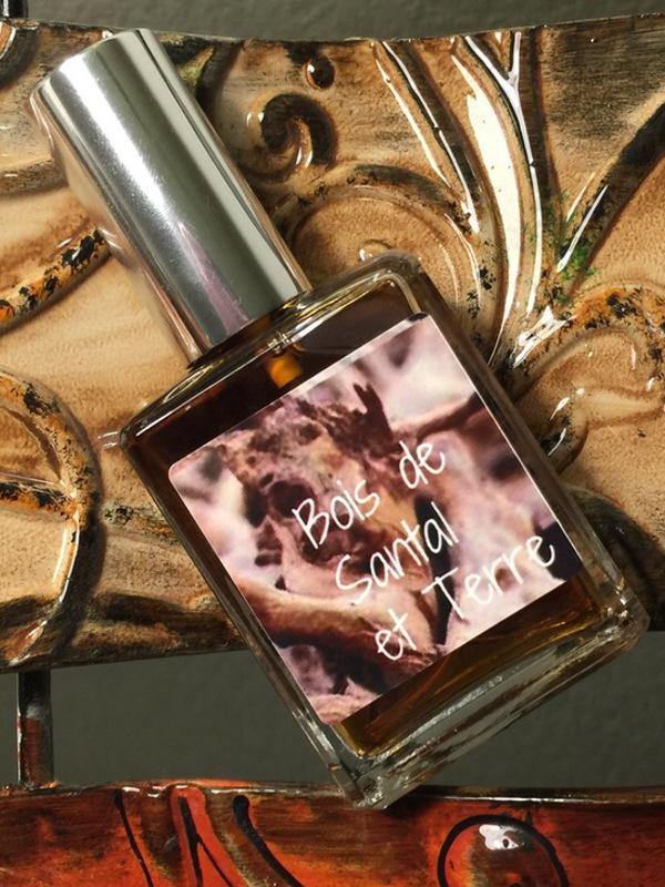Bois de Santal et Terre Kyse Perfumes perfume a new fragrance for women and men 2016 # Bois De Santal Parfum