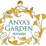 Strolling Through Anya's Garden: Ylang Tincture 2014 and Other Fragrant Delights