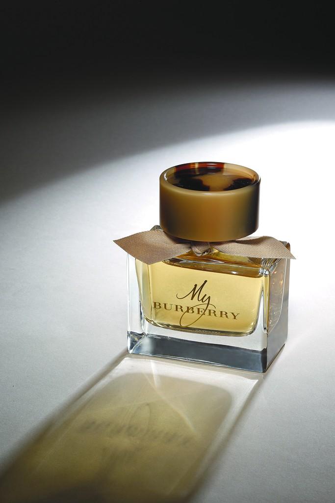 Nouveaux Trench My Burberry Mis En Bouteille ~ Parfums Un wOiXPkuZT