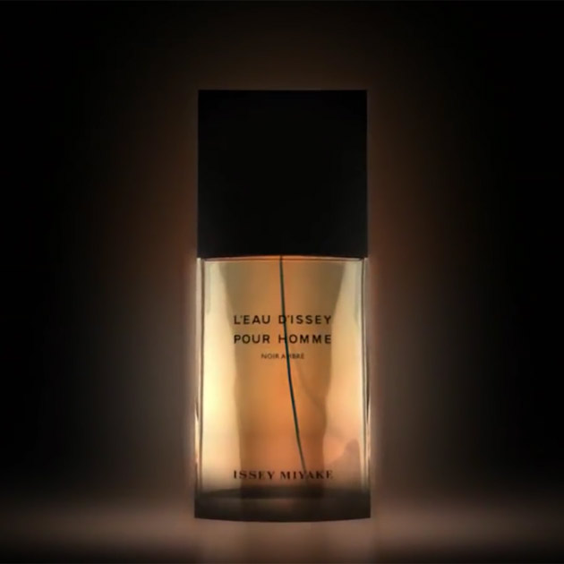 574607a1b1 ... architectural design and clear, pure lines, perfumer Christophe Raynaud  created a fragrance to accompany the original image of L'Eau d'Issey pour  Homme ...