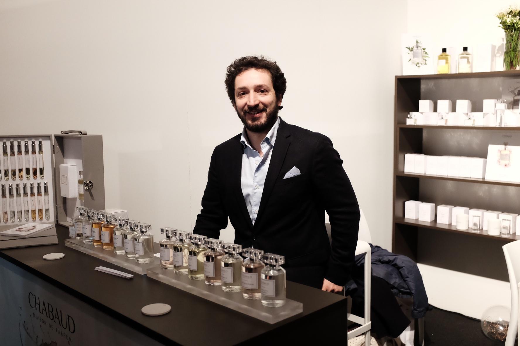 Маттиа Боно на стенде Chabaud Maison de Parfum