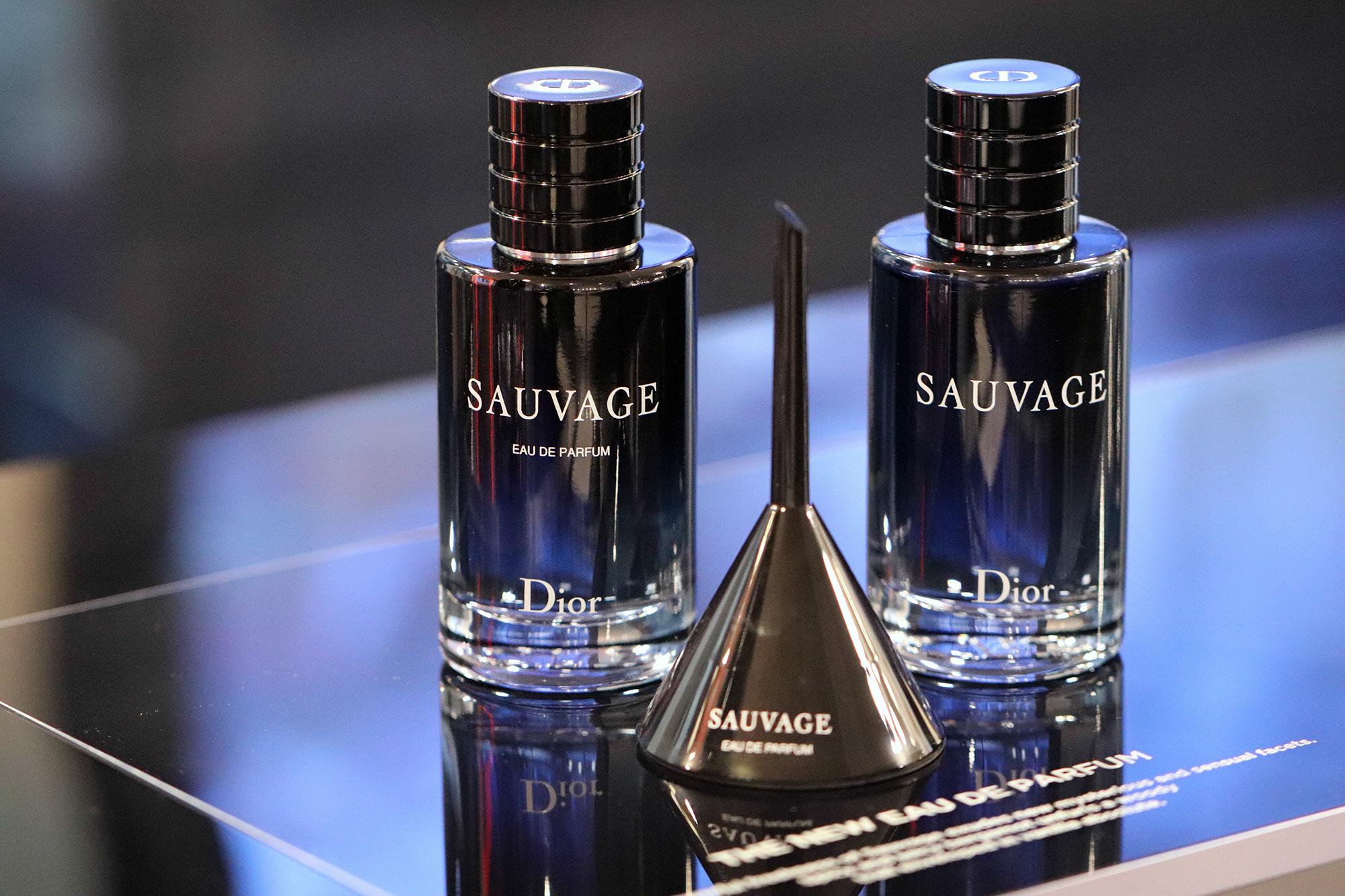 dior sauvage eau de parfum new fragrances. Black Bedroom Furniture Sets. Home Design Ideas