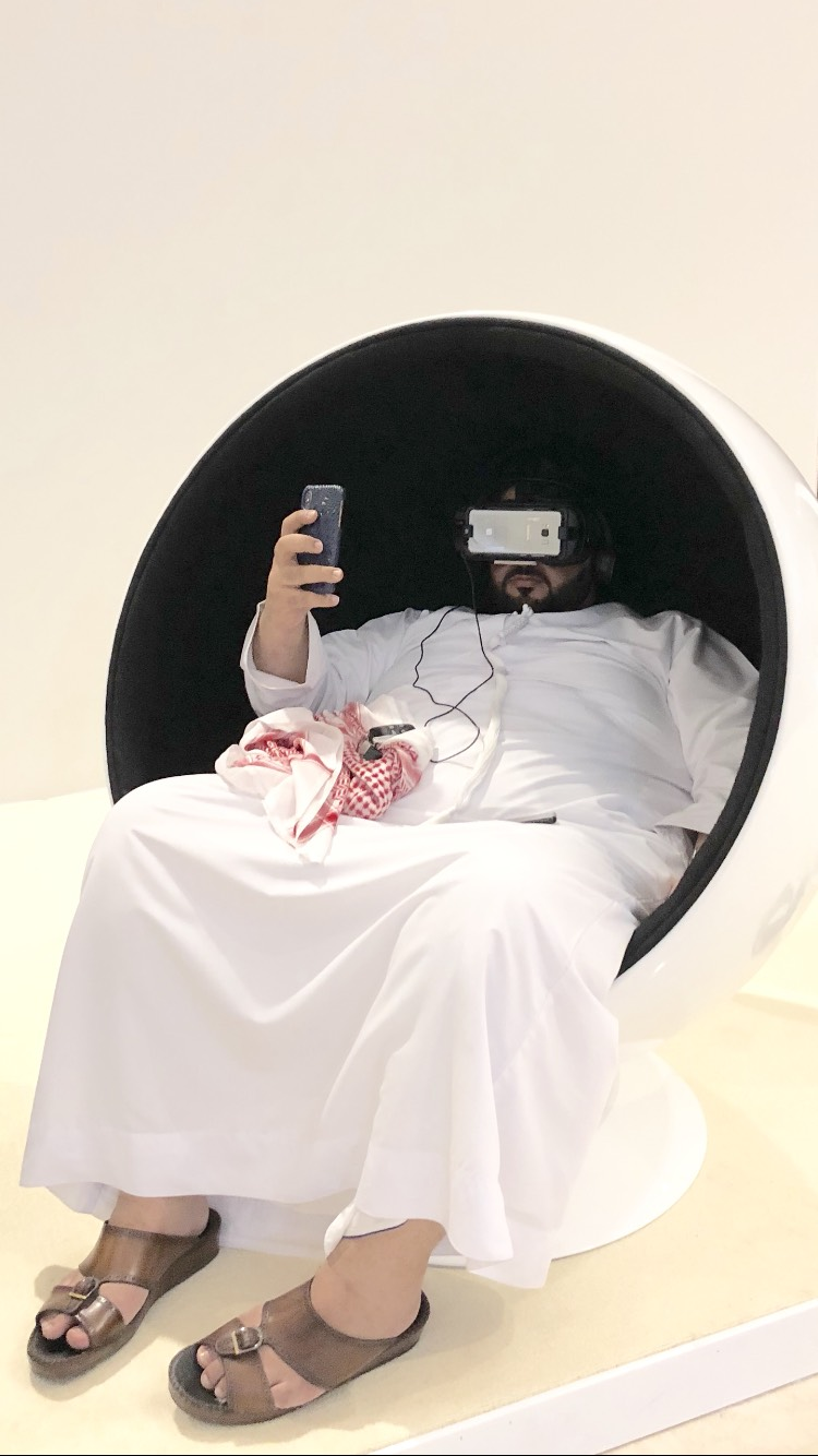 One of the visitors taking a selfie while meditating at The Scent