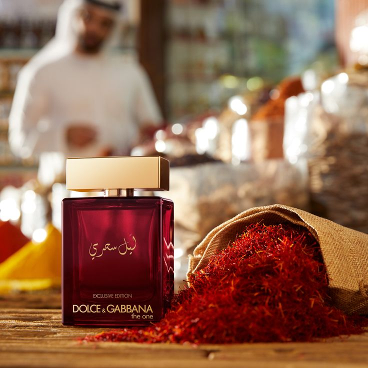 Dolce   Gabbana The One Mysterious Night - Four Videos To Describe ... 6d419b5be3f5