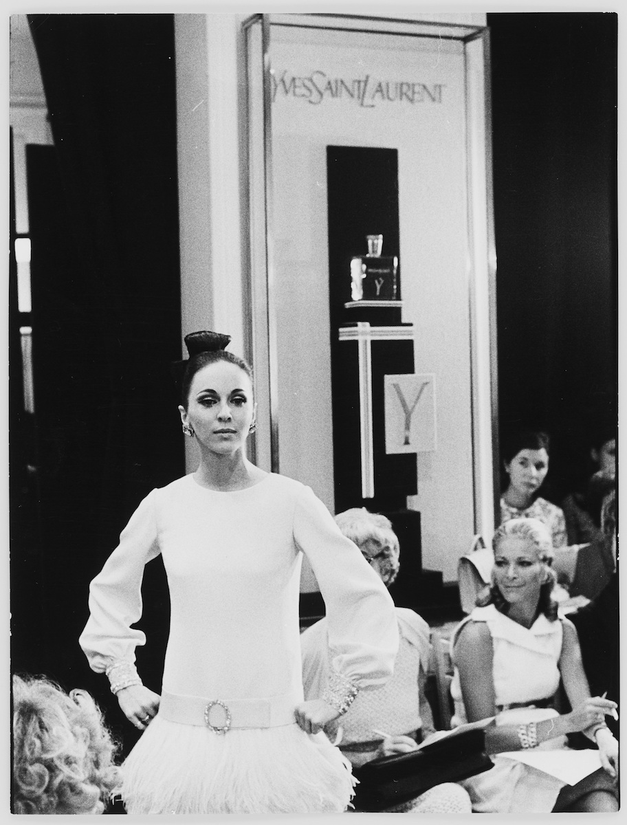 Display for the fragrance Y in the salons during the fashion show for the autumn-winter 1967 haute couture collection, 30 bis rue Spontini, Paris, July 1967. Photograph by Peter Caine.