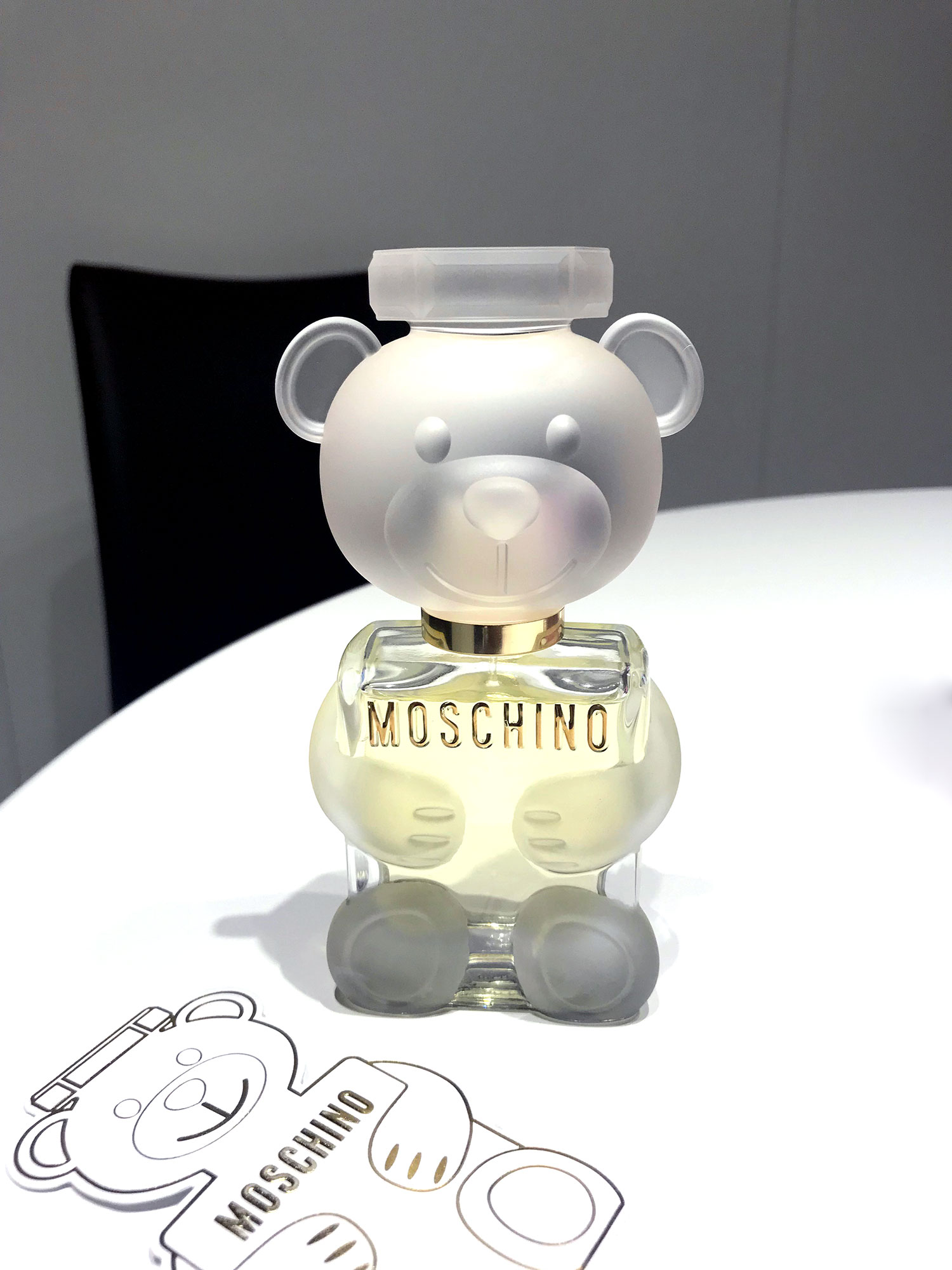 let u2019s play with moschino toy 2