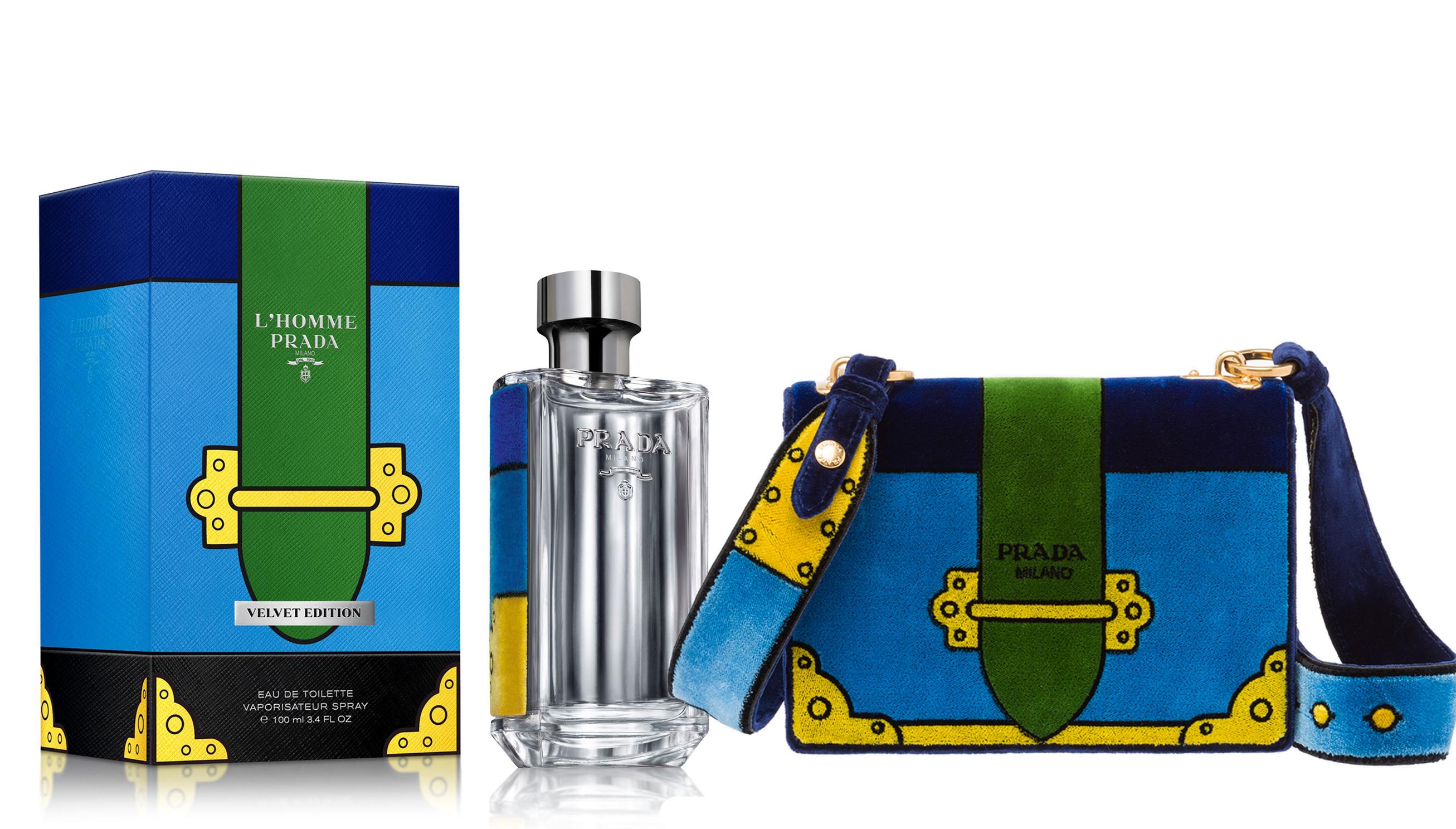 Prada носить вельвет  La Femme Velvet Edition 3c6c0b99063f0
