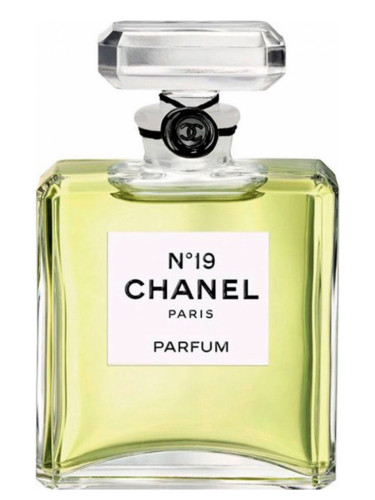 chanel no 19 parfum chanel perfume a fragrance for women 1970. Black Bedroom Furniture Sets. Home Design Ideas