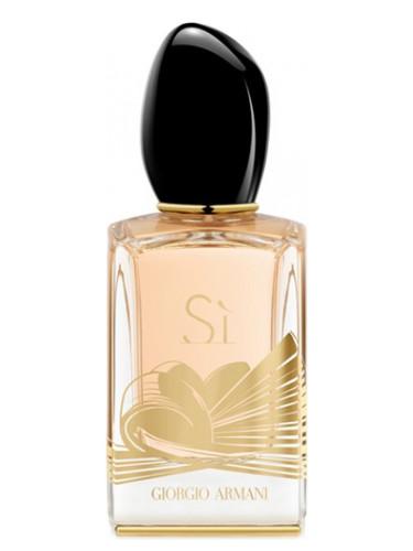 si golden bow giorgio armani parfum un nouveau parfum pour femme 2015. Black Bedroom Furniture Sets. Home Design Ideas