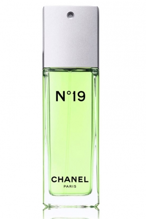 Chanel N°19 Chanel for women