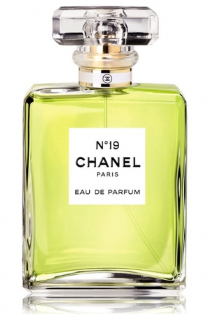 chanel no 19 eau de parfum chanel perfume a fragrance for women. Black Bedroom Furniture Sets. Home Design Ideas