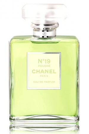 Chanel No 19 Poudre Chanel for women