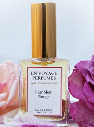 L'Emblem Rouge En Voyage Perfumes unisex