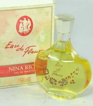 Eau de Fleurs Nina Ricci pour femme