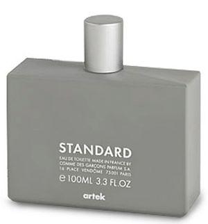 Standard Comme des Garcons pour homme et femme