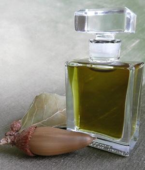 Q Roxana Illuminated Perfume unisex