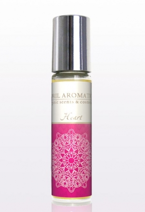Heart Chakra Oil April Aromatics Compartilhável