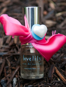 Lovelily GoodTrueBeautiful Feminino