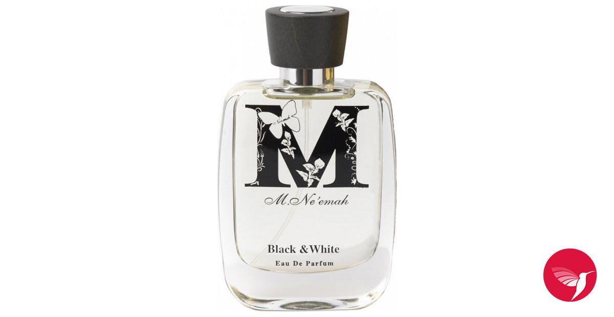 Black woman seduces-3862