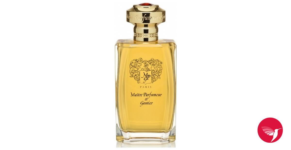 santal noble 2017 maitre parfumeur et gantier cologne un nouveau parfum pour homme 2017. Black Bedroom Furniture Sets. Home Design Ideas