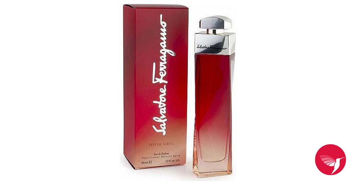parfum subtil salvatore ferragamo parfum un parfum pour femme 2002. Black Bedroom Furniture Sets. Home Design Ideas