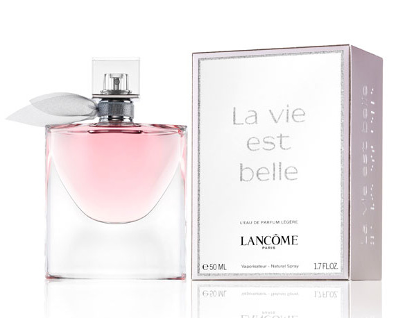 la vie est belle l 39 eau de parfum legere lancome perfume. Black Bedroom Furniture Sets. Home Design Ideas