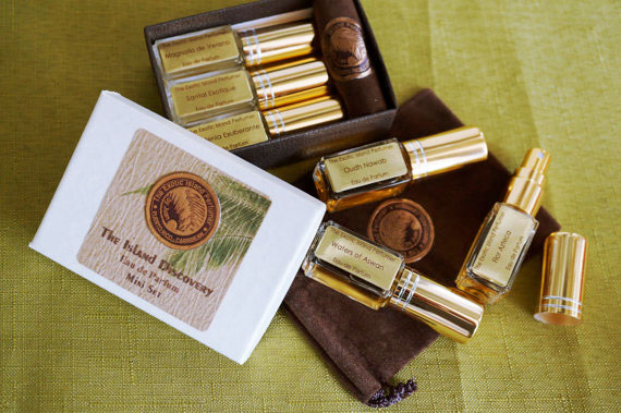 Santal exotique the exotic island perfumer perfume a for Bouquet exotique