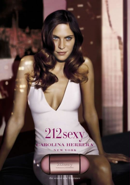 212 sexy carolina herrera parfum ein es parfum f r frauen 2004. Black Bedroom Furniture Sets. Home Design Ideas