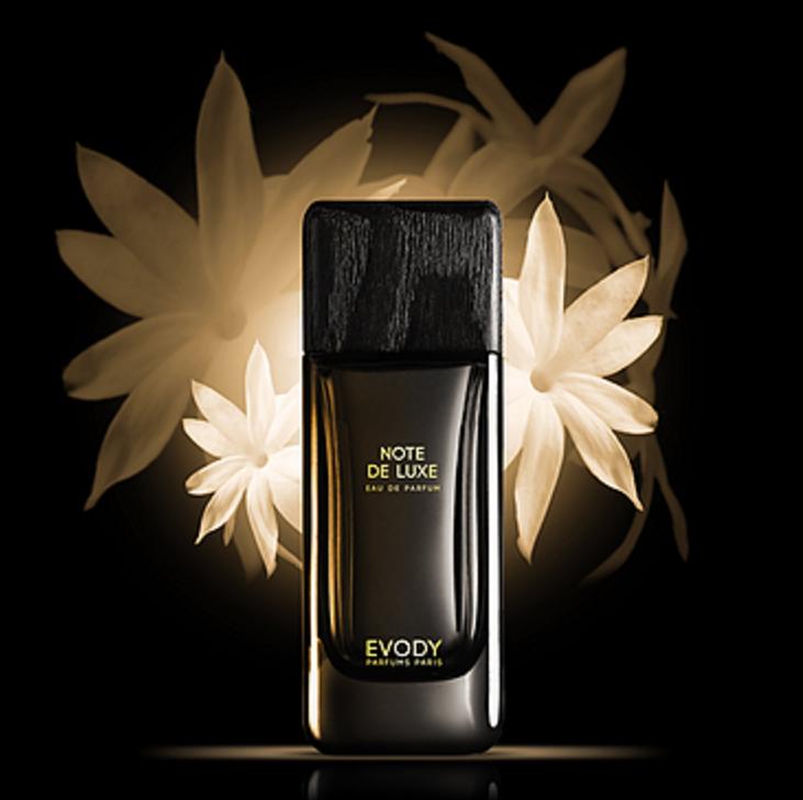 note de luxe evody parfums parfum un nouveau parfum pour homme et femme 2015. Black Bedroom Furniture Sets. Home Design Ideas