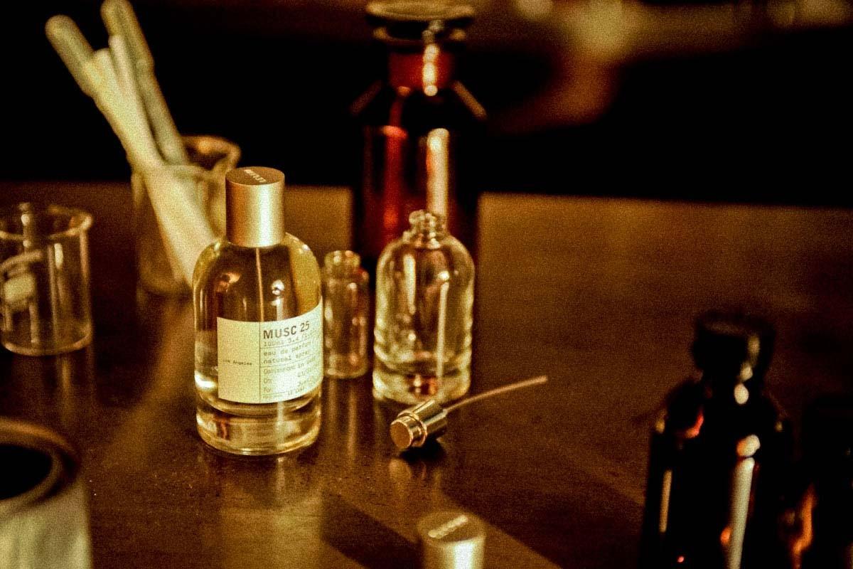 musc 25 los angeles le labo parfum un parfum pour homme et femme 2008. Black Bedroom Furniture Sets. Home Design Ideas