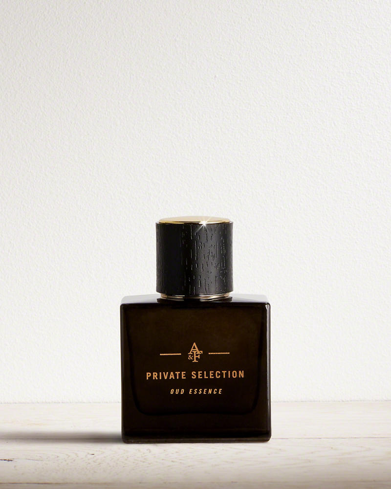 oud essence abercrombie fitch cologne un nouveau parfum pour homme 2016. Black Bedroom Furniture Sets. Home Design Ideas