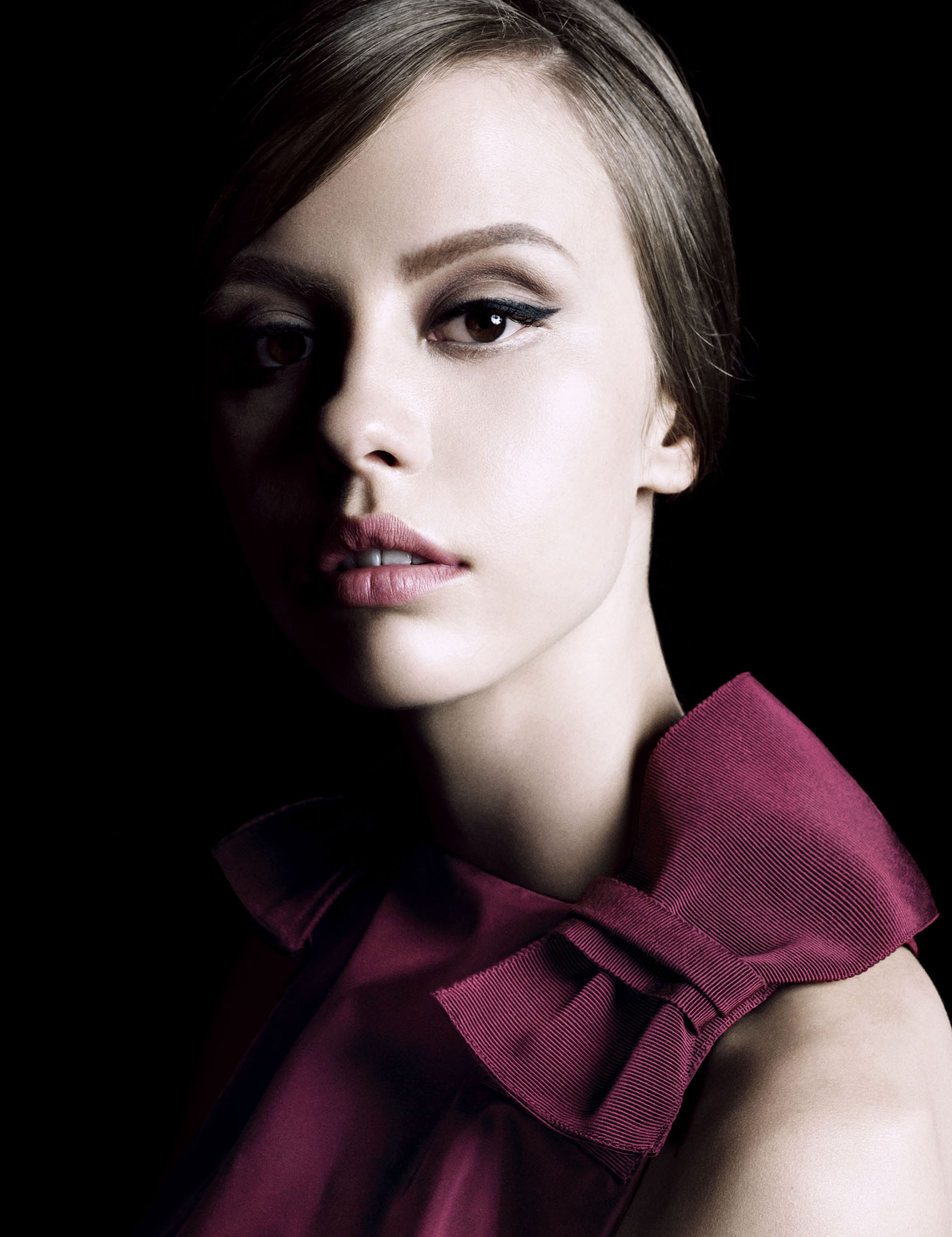 Prada la femme intense prada perfume a novo fragr ncia feminino 2017 - La femme a la bouche fendue ...