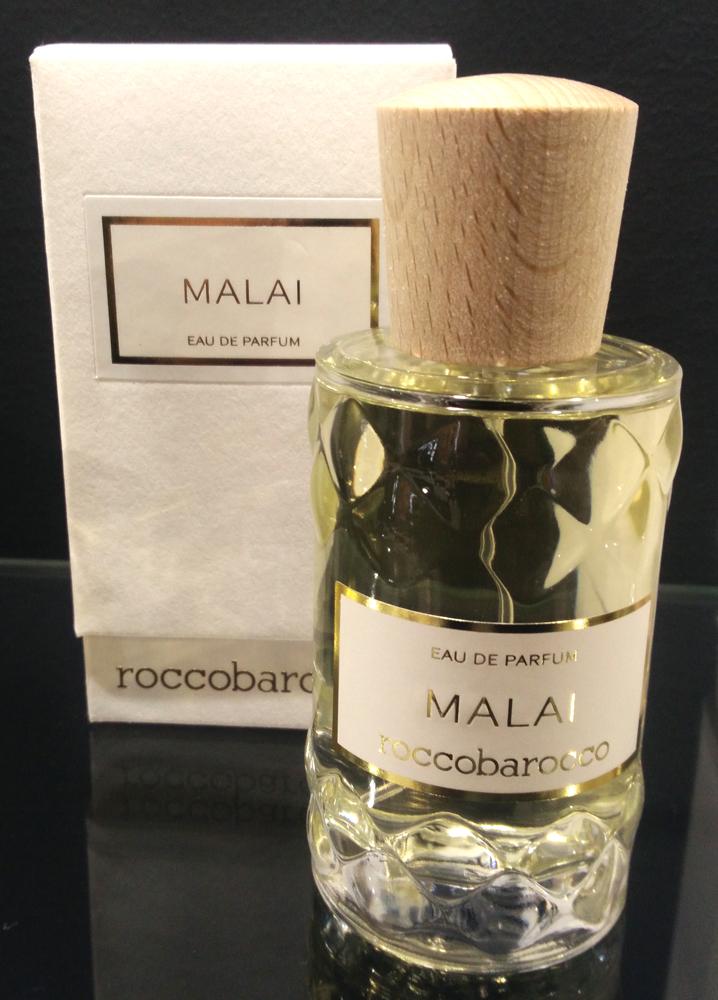 malai roccobarocco parfum un nouveau parfum pour homme et femme 2017. Black Bedroom Furniture Sets. Home Design Ideas