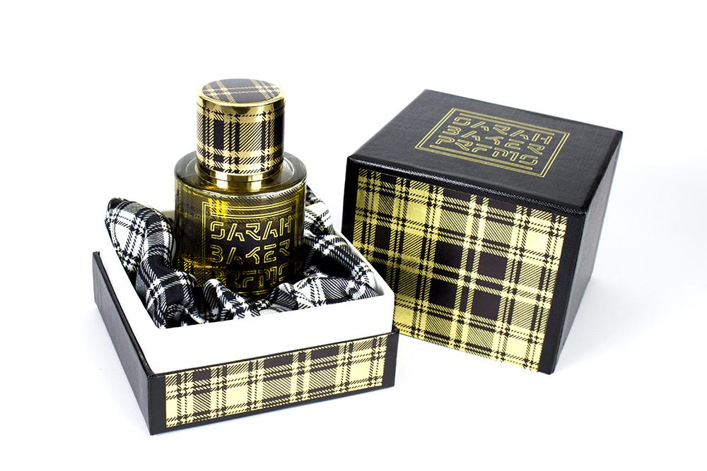 tartan sarah baker perfumes parfum ein neues parfum f r frauen und m nner 2017. Black Bedroom Furniture Sets. Home Design Ideas