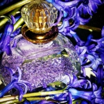 Viktoria Minya intervju i recenzija mirisa Cassis