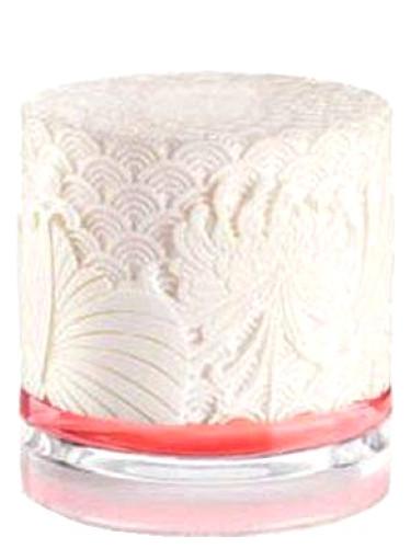 883cbe5da31 Scarlett Cacharel perfume - a fragrance for women 2009