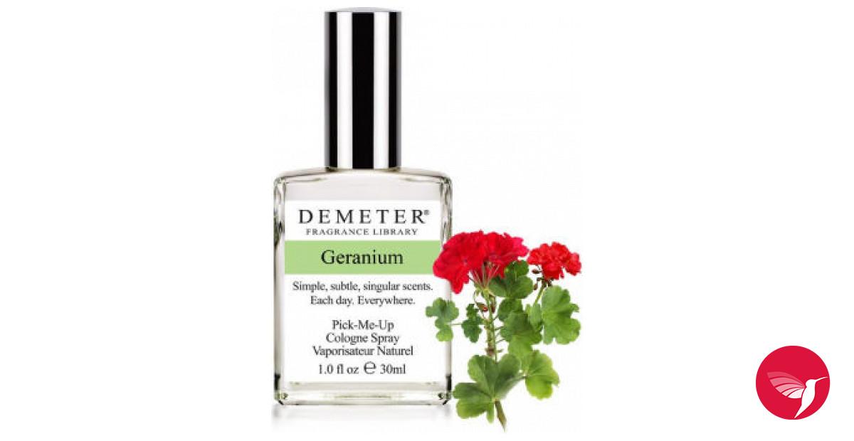 Цвет соцветий герани не имеет значения, но лучше всего работает герань красного цвета.