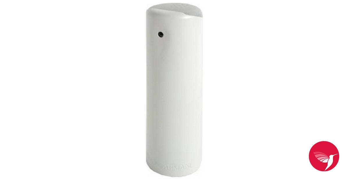 Аромат парфюма армани эмпорио вайт фор хёр насыщен мощной энергетикой, которая придает ему чувственности и завершенности.