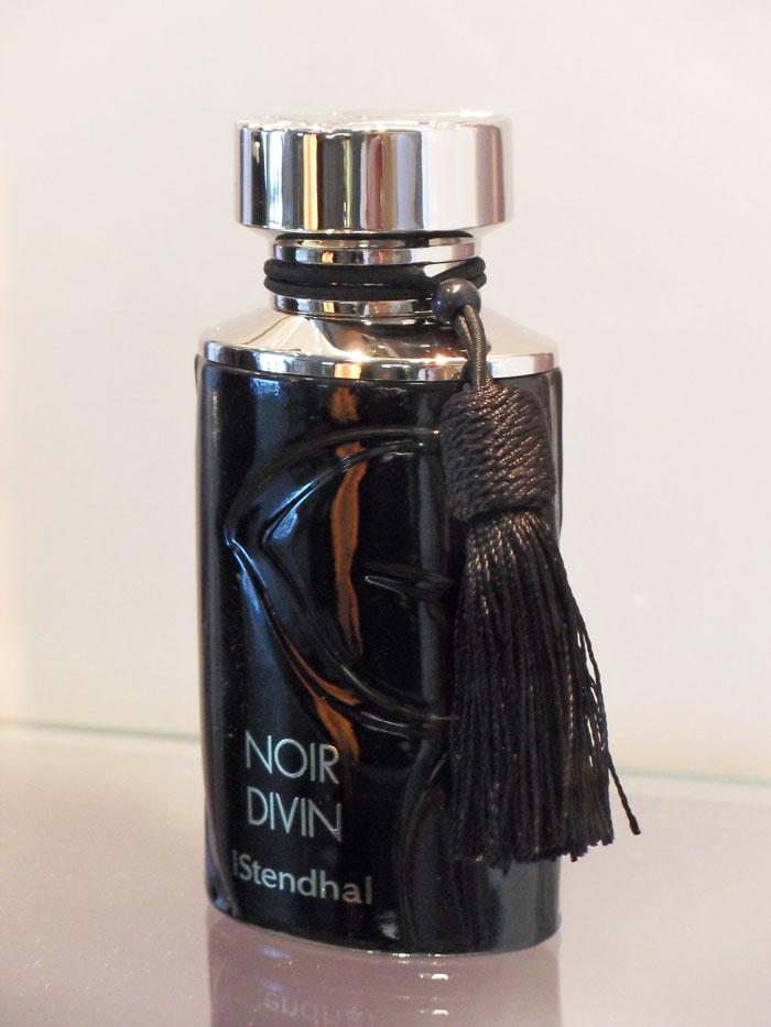 Noir Divin Stendhal Perfume A Fragrance For Women 2011