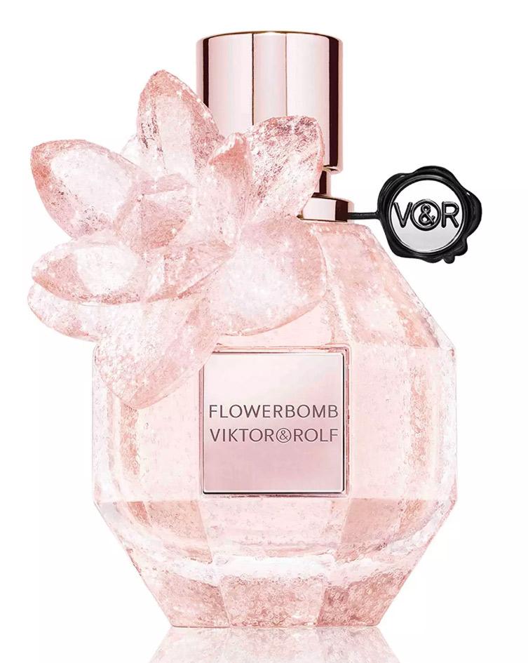 Nicoleveronica: victor & rolf: flowerbomb la vie en rose.
