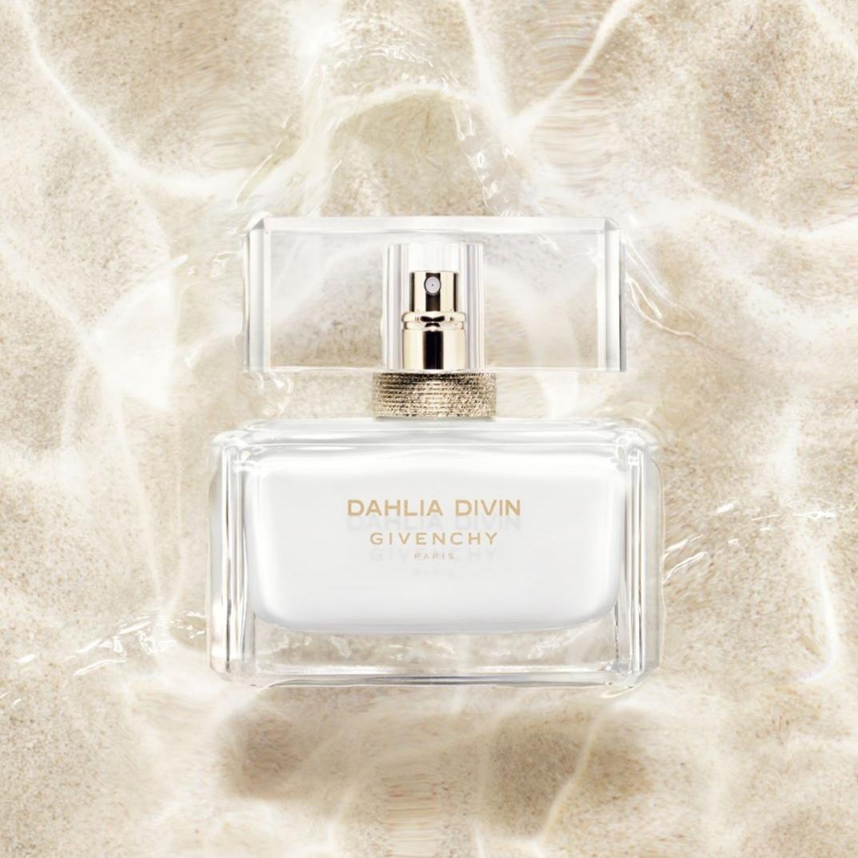 b8c3b17b08 Dahlia Divin Eau Initiale Givenchy perfume - a new fragrance for ...