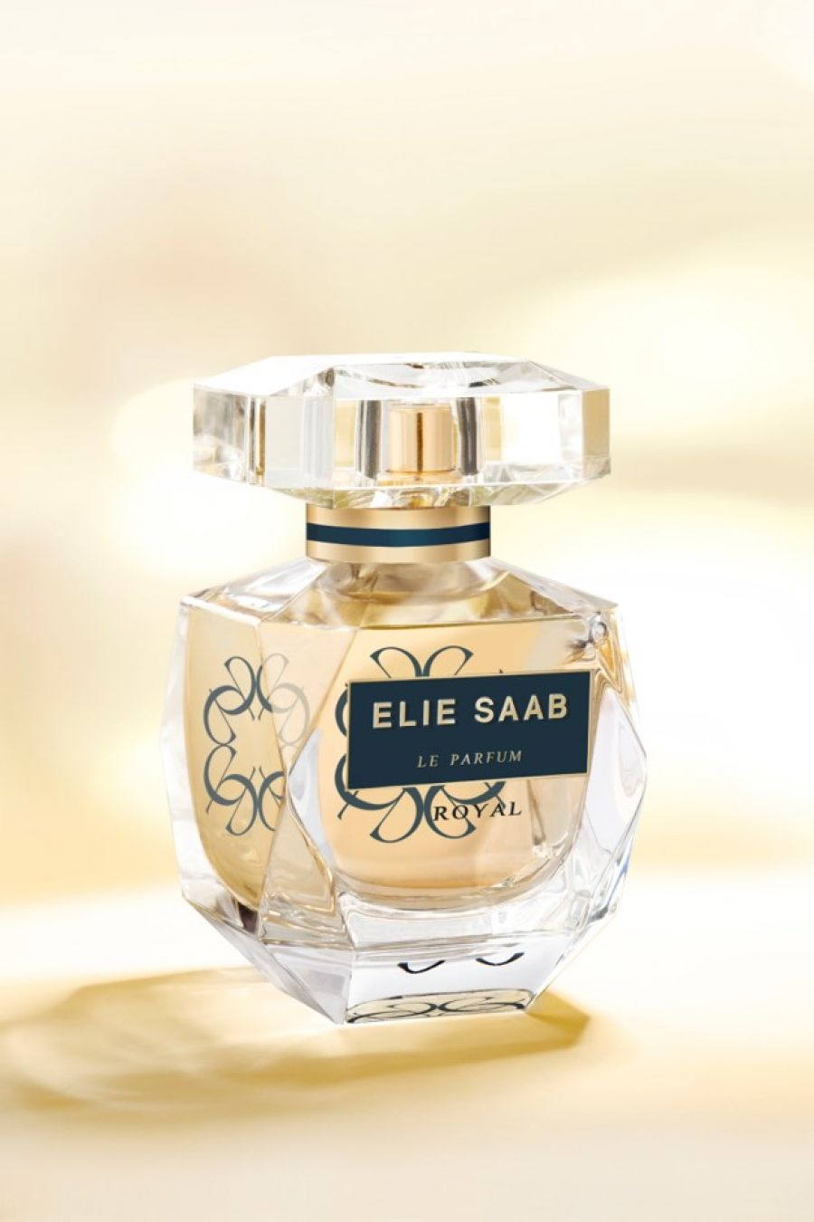 le parfum royal elie saab perfume a new fragrance for. Black Bedroom Furniture Sets. Home Design Ideas